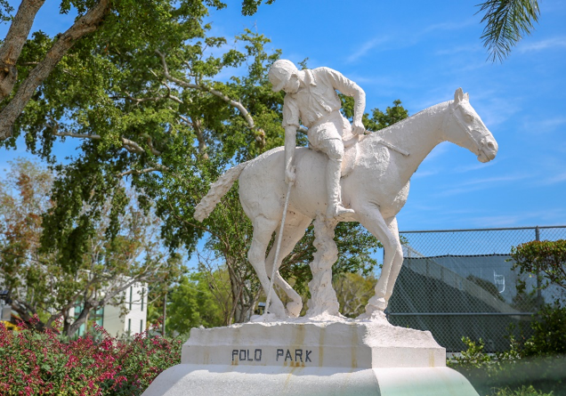 Statue at Polo Park, Miami Beach